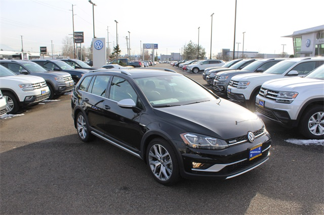 New 2018 Volkswagen Golf Alltrack TSI SEL 4Motion AWD