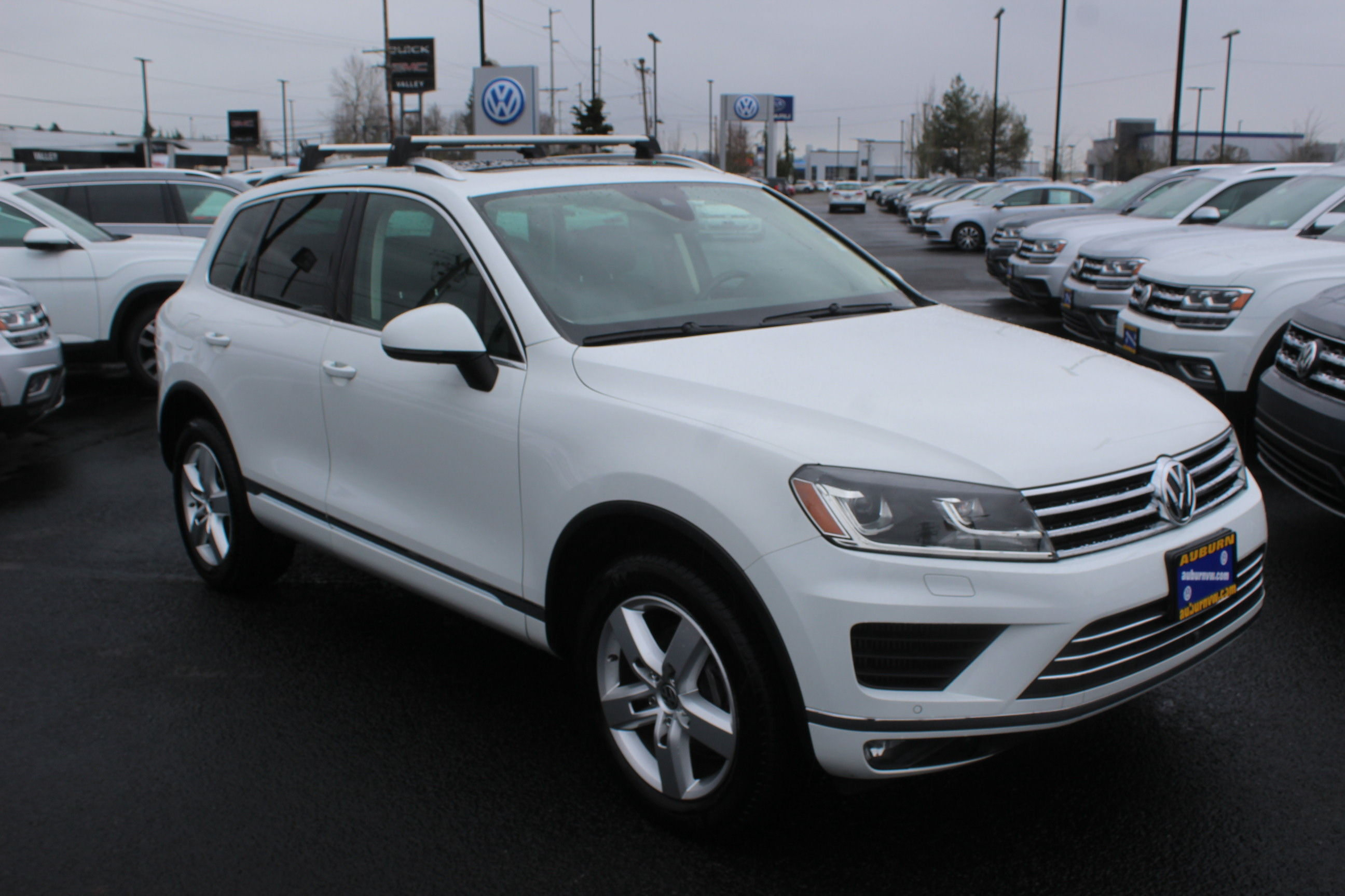 Certified Pre-Owned 2016 Volkswagen Touareg V6 TDI Executive