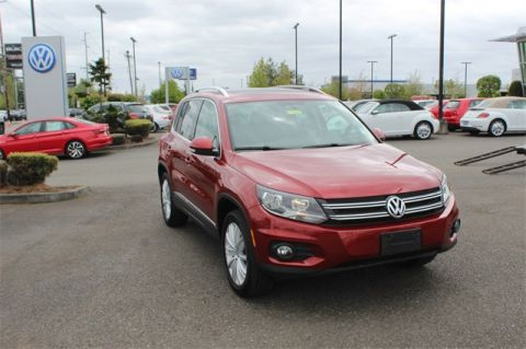 Certified Pre-Owned 2015 Volkswagen Tiguan SE 4Motion w/Appearance